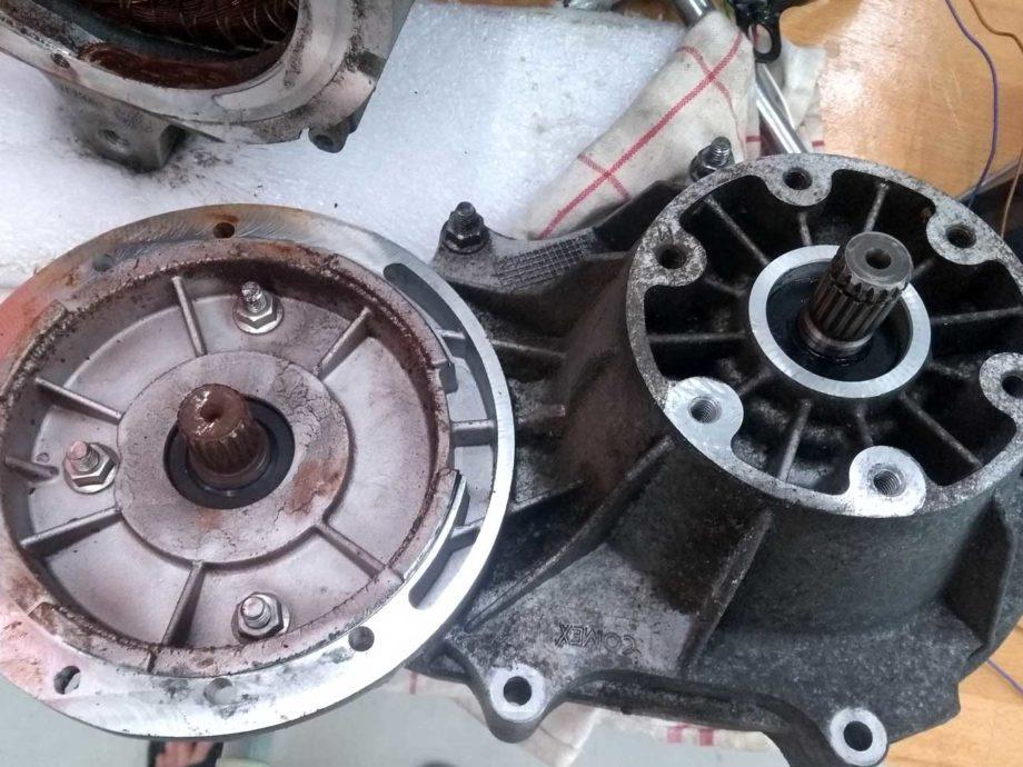 Getriebe vom Motor getrennt